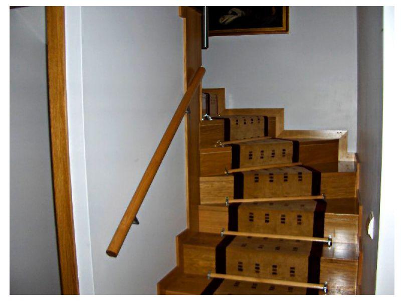 escadaria-0211A6D1FF2-7F5E-074D-58AA-44493C248AFF.jpg